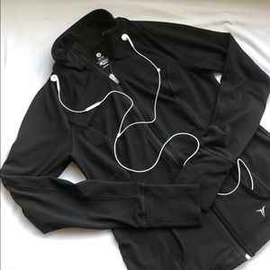 Old Navy Fitted Active Black Full Zip Sweater